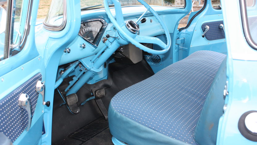 1958 Chevrolet Cameo Pickup 3-Speed presented as lot F241 at Kansas City, MO 2010 - image5