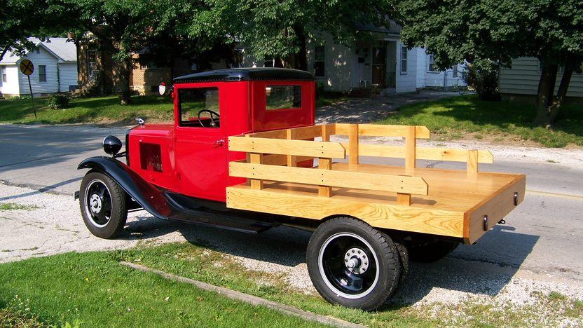 1933 Chevrolet 1 1/2 Ton Truck Stake Bed 206/25 HP, 4-Speed presented as lot S6 at Kansas City, MO 2010 - image4