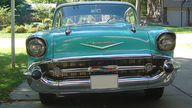 1957 Chevrolet Bel Air 2-Door Hardtop 283/220 HP, Automatic presented as lot S7 at Kansas City, MO 2010 - thumbail image3