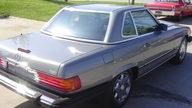 1988 Mercedes-Benz 560SL Convertible Automatic presented as lot S10 at Kansas City, MO 2010 - thumbail image2