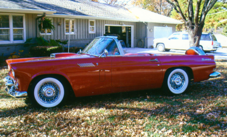 1956 Ford Thunderbird Convertible Automatic presented as lot S19 at Kansas City, MO 2010 - image3