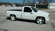 1992 Chevrolet SS Pickup 454/725 CI, 6-Speed presented as lot S26 at Kansas City, MO 2010 - thumbail image3