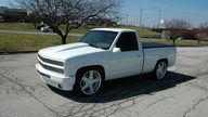 1992 Chevrolet SS Pickup 454/725 CI, 6-Speed presented as lot S26 at Kansas City, MO 2010 - thumbail image7