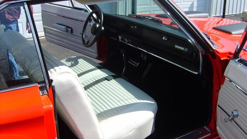 1966 Dodge Coronet 440 2-Door Hardtop 440/390 HP, Automatic presented as lot S37 at Kansas City, MO 2010 - image3