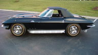 1966 Chevrolet Corvette Convertible 427/390 HP, 4-Speed presented as lot S38 at Kansas City, MO 2010 - thumbail image3