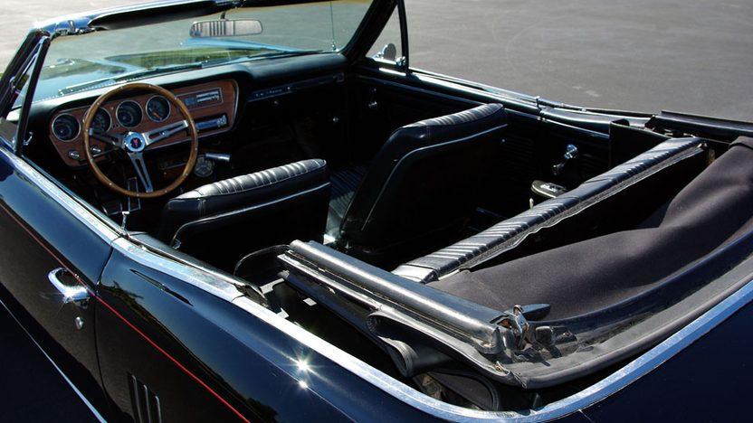 1967 Pontiac Lemans Convertible 4-Speed presented as lot S45 at Kansas City, MO 2010 - image3