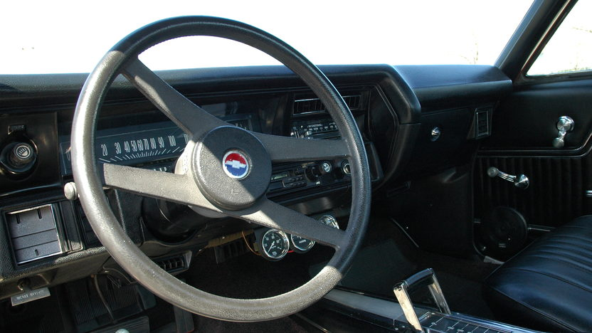 1972 Chevrolet El Camino Pickup 350/350, Automatic presented as lot S47 at Kansas City, MO 2010 - image5