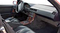 1990 Mercedes-Benz 500SL Convertible Automatic presented as lot S49 at Kansas City, MO 2010 - thumbail image5