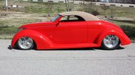 1937 Ford  Street Rod Automatic presented as lot S172 at Kansas City, MO 2010 - thumbail image2