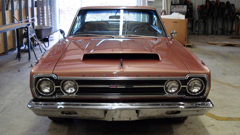 1967 Plymouth Satelite 2-Door 472/600 HP, Automatic presented as lot S193 at Kansas City, MO 2010 - image3