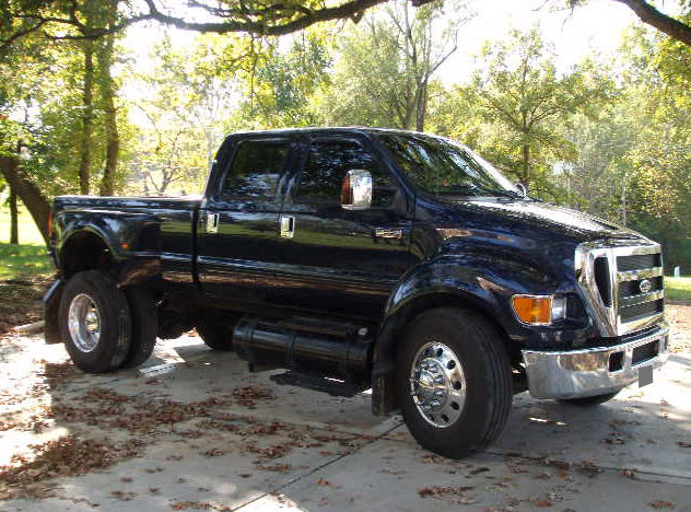 2004 Ford F650 Pickup 5-Speed presented as lot S196 at Kansas City, MO 2010 - image2