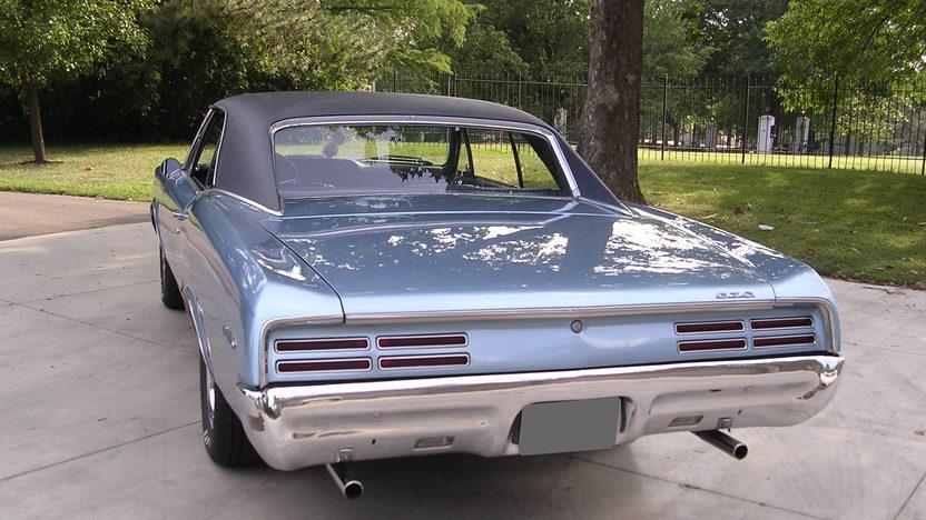 1967 Pontiac GTO 2 Door 400 CI presented as lot S200 at Kansas City, MO 2010 - image4