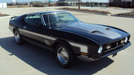 1971 Ford Mustang Mach 1 Coupe 351 CI, Automatic presented as lot S201 at Kansas City, MO 2010 - thumbail image2