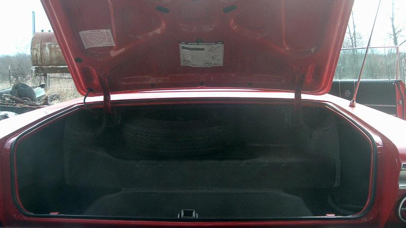 1964 Chevrolet Impala SS 2-Door Hardtop 409/425 HP, 4-Speed  presented as lot S204 at Kansas City, MO 2010 - image7