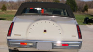 1987 Lincoln Continental 4-Door presented as lot S208 at Kansas City, MO 2010 - thumbail image3