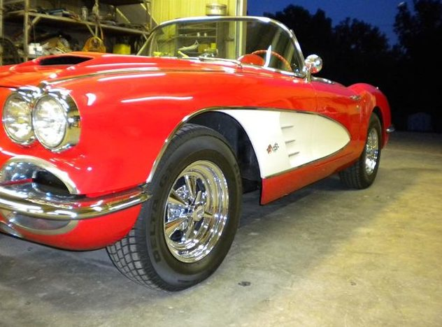 1959 Chevrolet Corvette Convertible 283 CI, 4-Speed presented as lot S212 at Kansas City, MO 2010 - image2