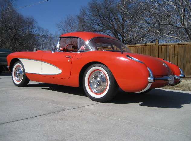 1957 Chevrolet Corvette Convertible 283/220 HP, Automatic presented as lot S81 at Kansas City, MO 2010 - image2