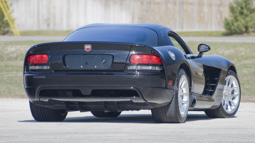 2006 Dodge Viper Coupe 505 HP, 6-Speed  presented as lot S96 at Kansas City, MO 2010 - image2
