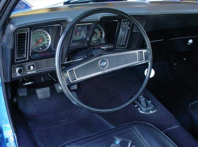 1969 Chevrolet Camaro Z-28 302/290 HP, 4-Speed  presented as lot S108 at Kansas City, MO 2010 - image3