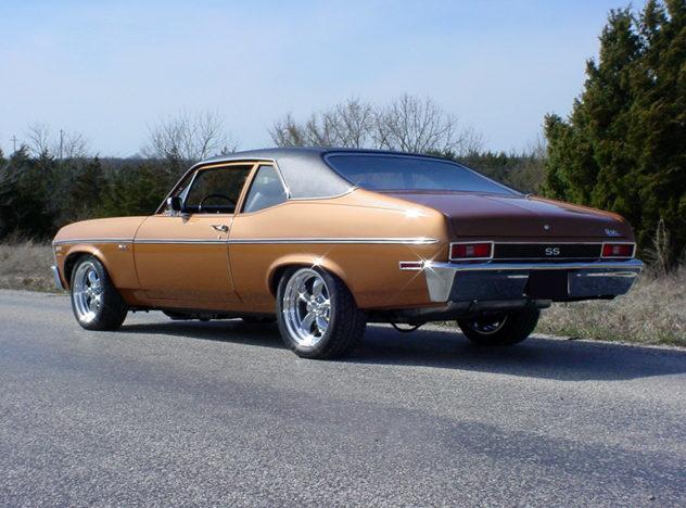 1972 Chevrolet Nova SS 2-door 383/425 HP, 5-Speed   presented as lot S115 at Kansas City, MO 2010 - image2