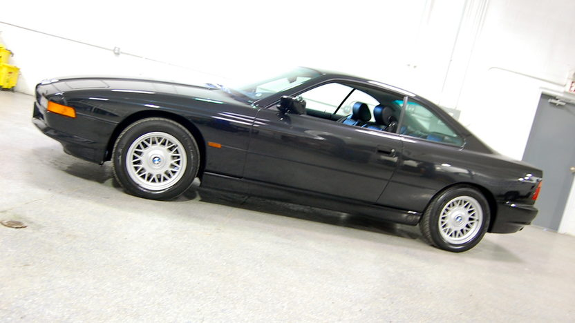 1995 BMW 840CI Coupe V8, Automatic presented as lot S117 at Kansas City, MO 2010 - image2