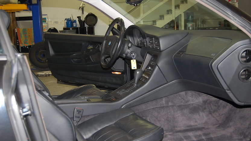 1995 BMW 840CI Coupe V8, Automatic presented as lot S117 at Kansas City, MO 2010 - image3