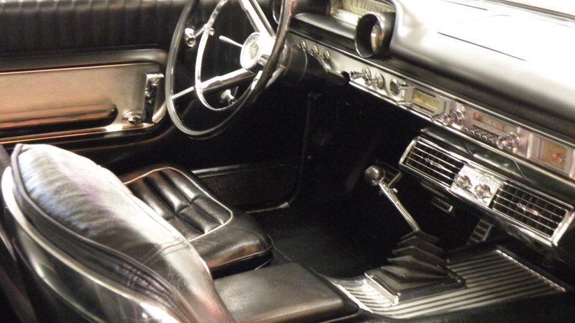 1964 Ford Galaxie 500 XL 2-Door Hardtop presented as lot S119 at Kansas City, MO 2010 - image4