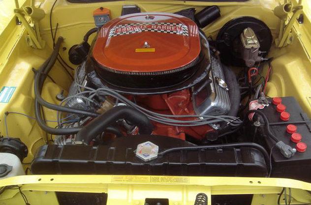 1970 Plymouth Cuda 2-Door Hardtop 440 CI, Automatic presented as lot S128 at Kansas City, MO 2010 - image6