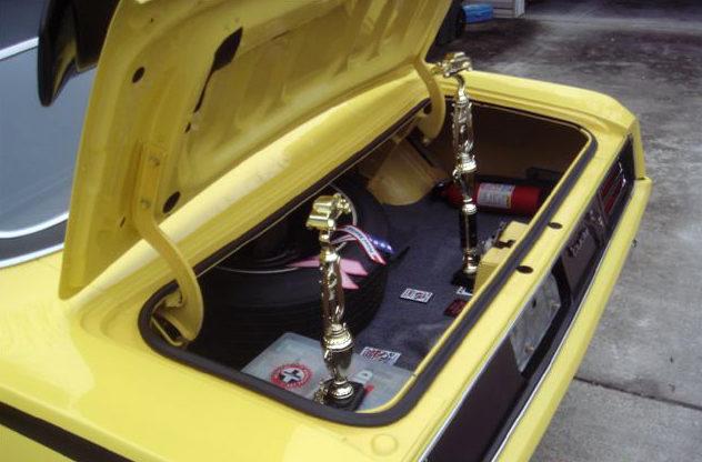 1970 Plymouth Cuda 2-Door Hardtop 440 CI, Automatic presented as lot S128 at Kansas City, MO 2010 - image8