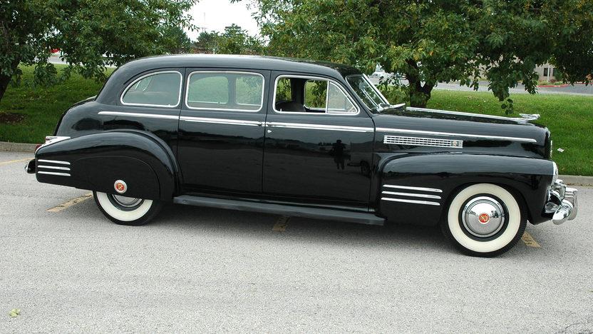 1941 Cadillac Series 41 Limousine presented as lot S130 at Kansas City, MO 2010 - image2