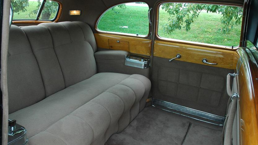 1941 Cadillac Series 41 Limousine presented as lot S130 at Kansas City, MO 2010 - image4
