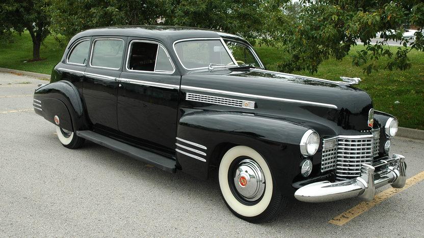 1941 Cadillac Series 41 Limousine presented as lot S130 at Kansas City, MO 2010 - image5