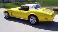 1975 Chevrolet Corvette Convertible 350/165 HP, Automatic presented as lot S132 at Kansas City, MO 2010 - thumbail image6