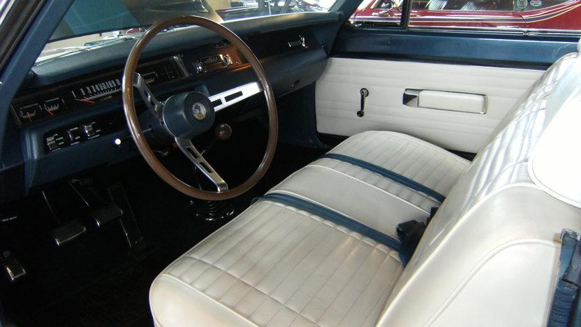 1969 Plymouth Road Runner Convertible 383/335 HP, 4-Speed  presented as lot S137 at Kansas City, MO 2010 - image4