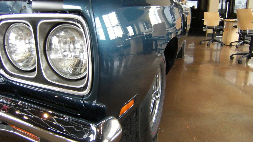 1969 Plymouth Road Runner Convertible 383/335 HP, 4-Speed  presented as lot S137 at Kansas City, MO 2010 - image6