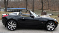 2006 Pontiac Solstice Convertible 177 HP, 5-Speed   presented as lot S141 at Kansas City, MO 2010 - thumbail image4