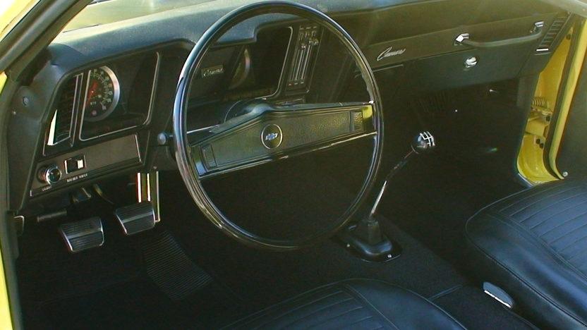1969 Chevrolet Camaro 427/430 HP, 4-Speed presented as lot S150 at Kansas City, MO 2010 - image4