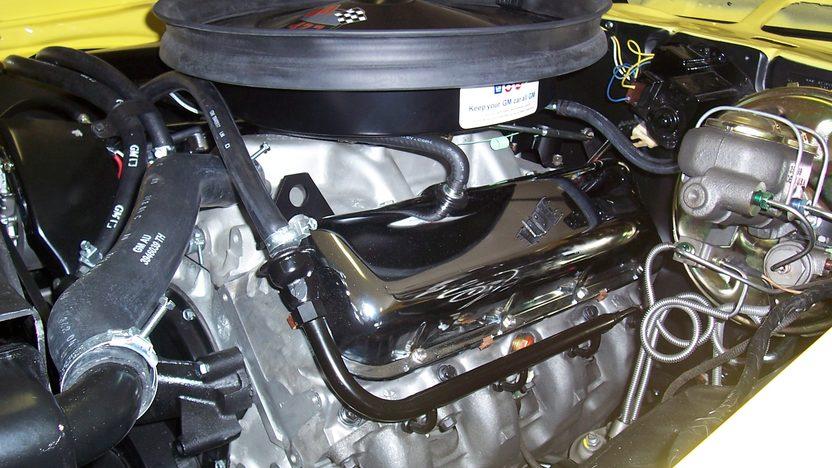 1969 Chevrolet Camaro 427/430 HP, 4-Speed presented as lot S150 at Kansas City, MO 2010 - image5