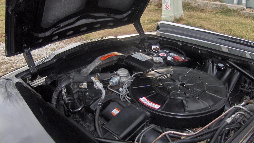 1965 Lincoln Continental 4-Door Sedan 430 CI, Automatic presented as lot S135 at Kansas City, MO 2010 - image6
