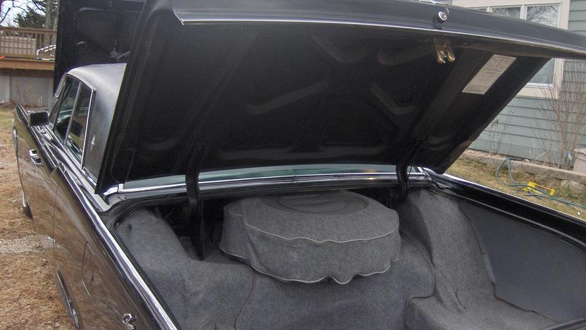 1965 Lincoln Continental 4-Door Sedan 430 CI, Automatic presented as lot S135 at Kansas City, MO 2010 - image7
