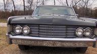 1965 Lincoln Continental 4-Door Sedan 430 CI, Automatic presented as lot S135 at Kansas City, MO 2010 - thumbail image8