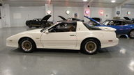 1989 Pontiac Trans Am 2-Door 250 HP, Automatic presented as lot S111 at Kansas City, MO 2010 - thumbail image2