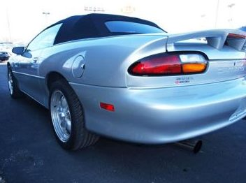 2002 Chevrolet Camaro 35th Annivesary Automatic presented as lot F218 at Kansas City, MO 2010 - image2