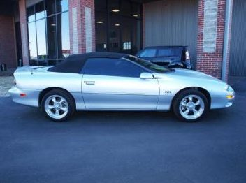 2002 Chevrolet Camaro 35th Annivesary Automatic presented as lot F218 at Kansas City, MO 2010 - image3
