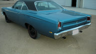 1969 Plymouth Road Runner 440 CI, 4-Speed presented as lot S75.1 at Kansas City, MO 2010 - thumbail image3