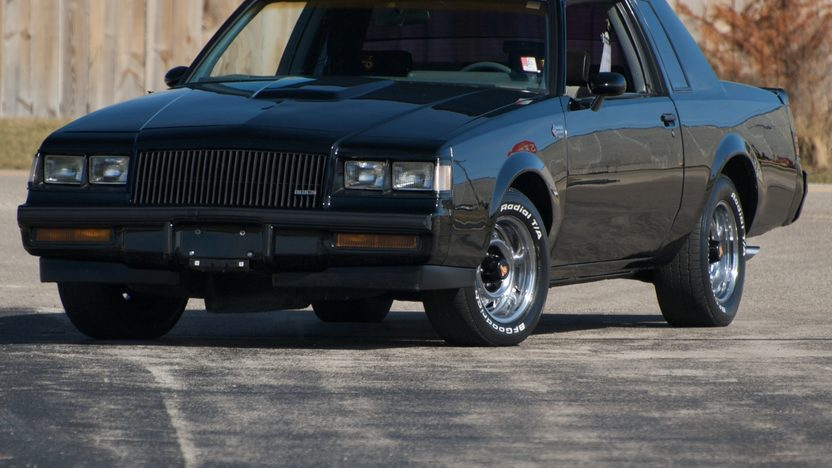 1987 Buick Grand National 265 HP, 4-Speed Automatic presented as lot F120.1 at Kansas City, MO 2010 - image2