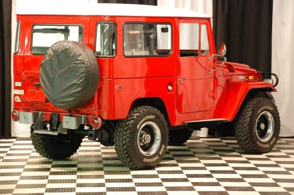 1971 Toyota Land Cruiser 3-Speed  presented as lot S123.1 at Kansas City, MO 2010 - image3