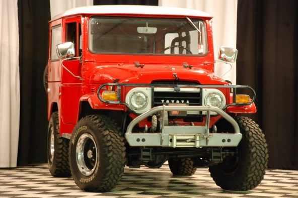 1971 Toyota Land Cruiser 3-Speed  presented as lot S123.1 at Kansas City, MO 2010 - image6