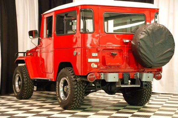 1971 Toyota Land Cruiser 3-Speed  presented as lot S123.1 at Kansas City, MO 2010 - image7