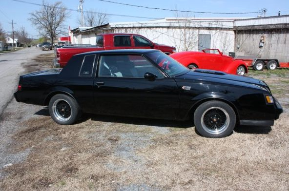 1987 Buick Grand National Coupe presented as lot S166 at Kansas City, MO 2010 - image2